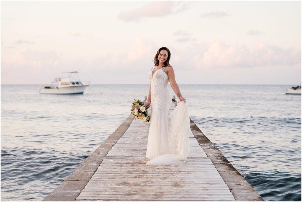 Stylish Grand Cayman Wedding by Janet Jarchow