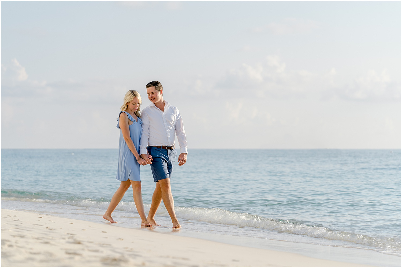 seven mile beach engagement session